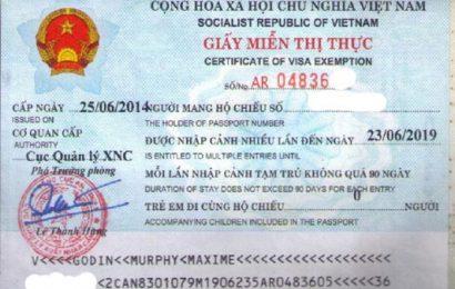 Xin gia hạn cho khách vào bằng miễn thị thực 15 ngày
